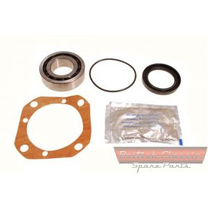 Bearing-Kit-Rear-Hub-Banjo-Axle-1-Kit-MGA-MGB -- British Classic Spare Parts